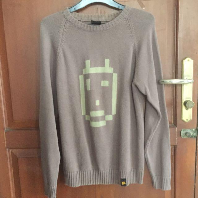 Sweater Unisex Coklat