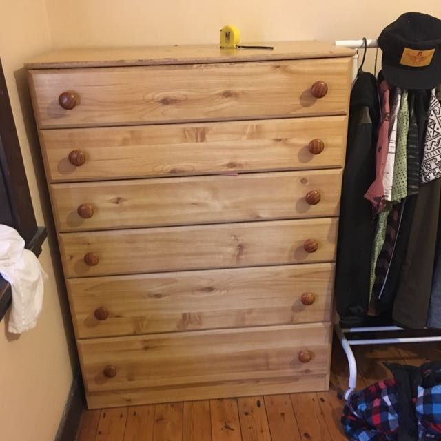 Tall Boy / Chest Of Drawers - 6 Drawers