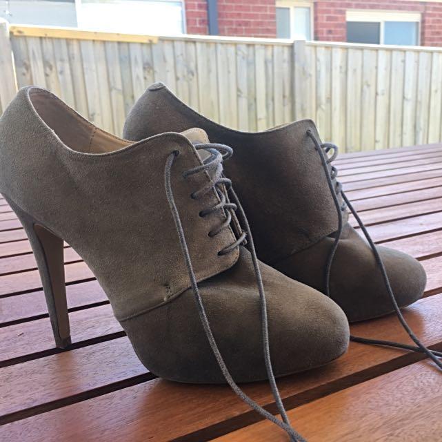 Tony Bianco Heels - Size 9