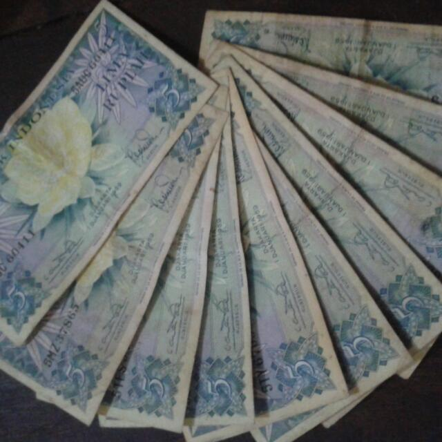 Uang Kertas Indonesia Rp 5 ,00 (Lima rupiah)