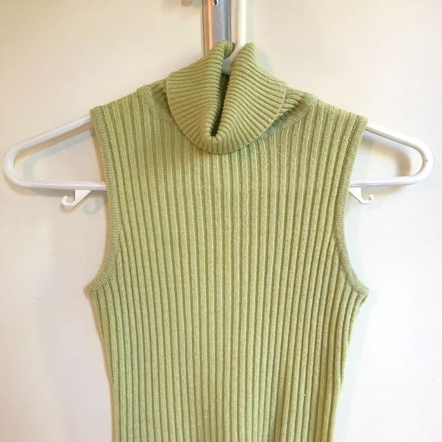 Vintage Green Turtleneck Singlet (size s-m)