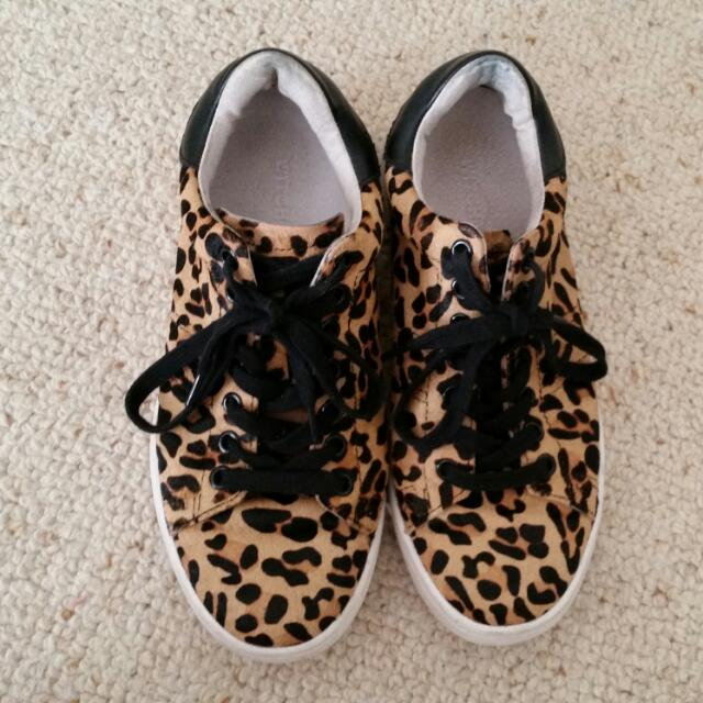 Witchery Liam Shoes In Leopard Print Size 37/6.5