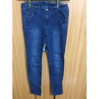 🚚 Rainbow shop 韓版深藍顯瘦牛仔長褲 #三百元牛仔
