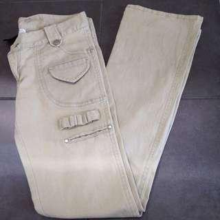 Size 1 (Fits Size 10) Zhouk Jeans