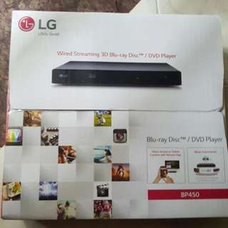 LG wired Streaming 3D Blu Ray Disc / Dvd Player