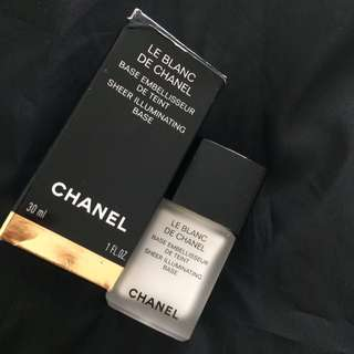 Chanel Sheer Illuminating Base