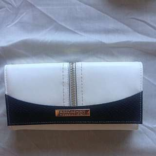 Kardashion Kollection Wallet