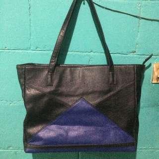 GAUDI SHOPPER BAG (BLACK AND BLUE)