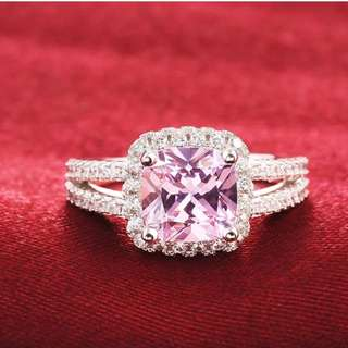 💍Silver & Pink Cubic Zirconia Ring💍