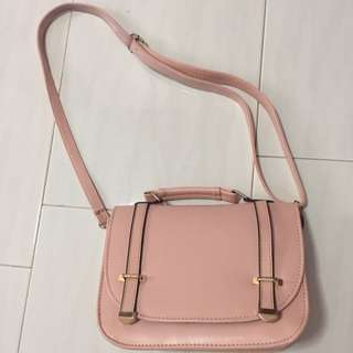 Dusty Pink Slingbag