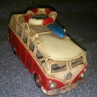 Tin Kombi (Hippie Van)