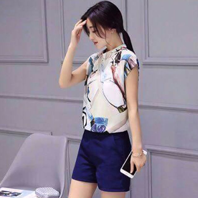 #584 Korean High Neck Crepe Top with High Waist Shorts (Terno)