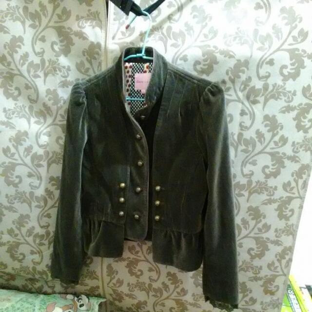 個性挺版外套#三百元外套