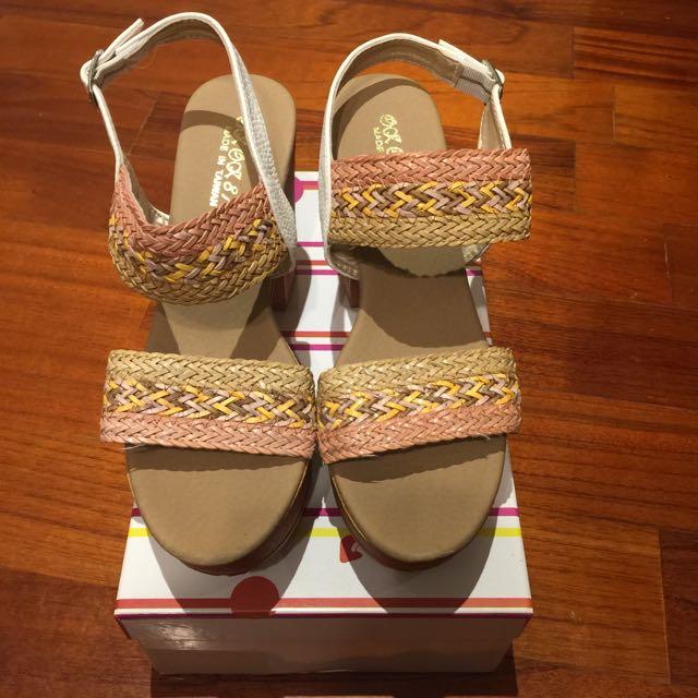 編織楔型涼鞋