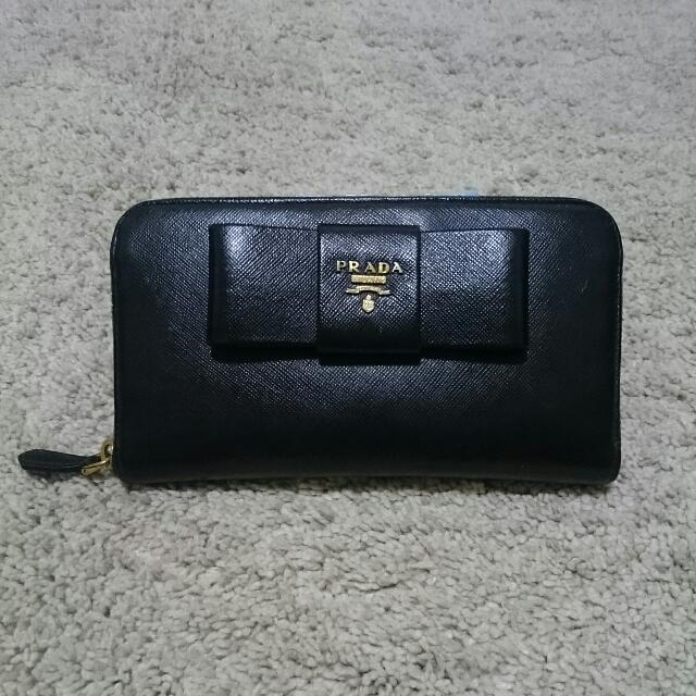 4c208878a4c4c7 ... 50% off authentic prada saffiano bow wallet luxury bags wallets on  carousell c87ee 81f0d