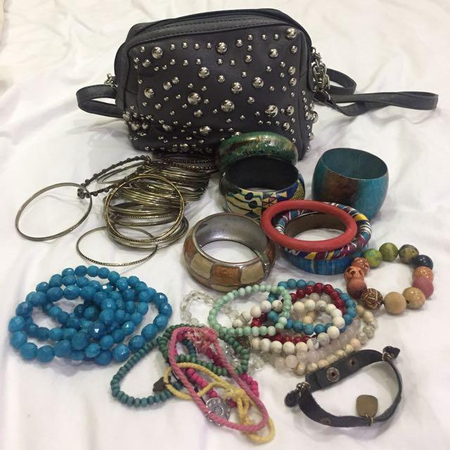 Bag / Bracelets