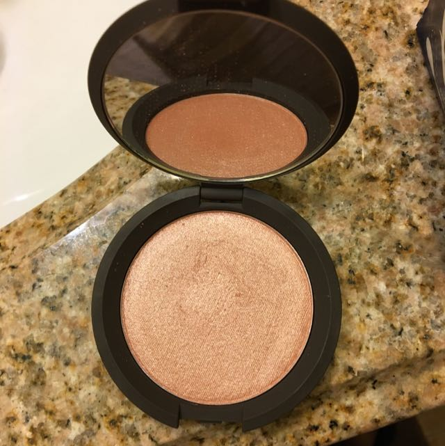 Becca Shimmering Skin Perfector Highlighter: Rose Gold