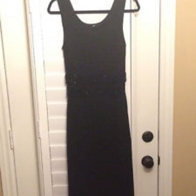 Beautiful Black Knit Fitted Dress Size Medium