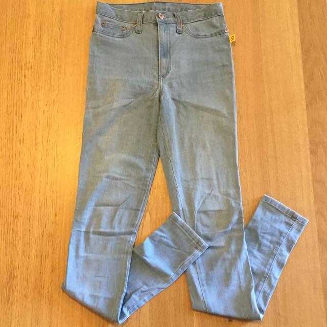 BETTINA LIANO Blue Jeans