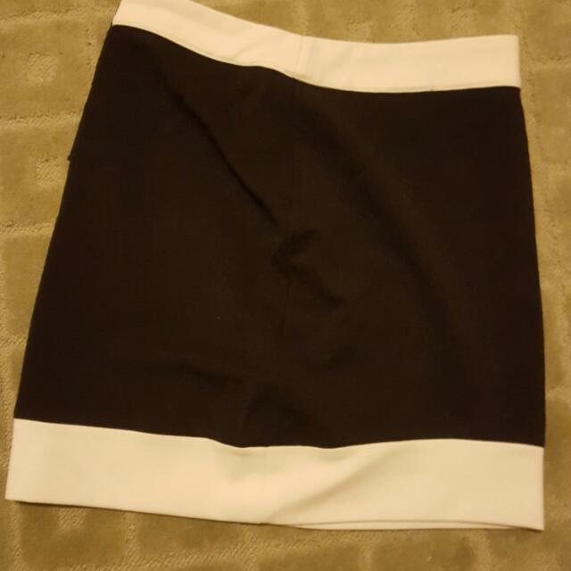 black and white skirt!
