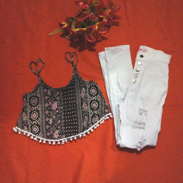Rush sale!!! Boho top + white tattered jeans