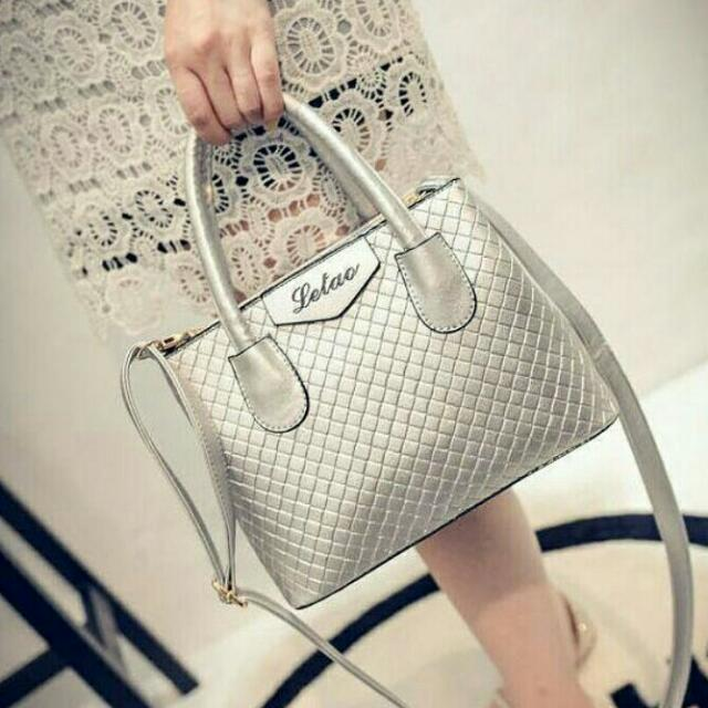 Classy Bags RE-019