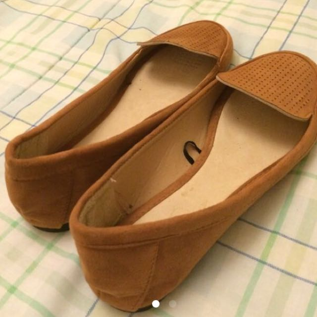 Cotton on Brown Flats