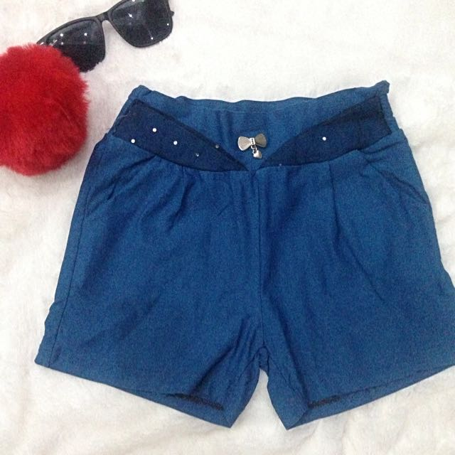 CS07 - Stretchable Cotton Shorts