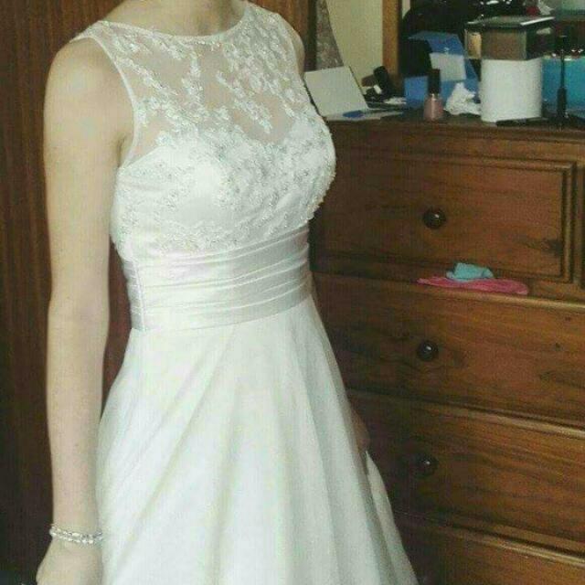 Deb / Wedding White Dress