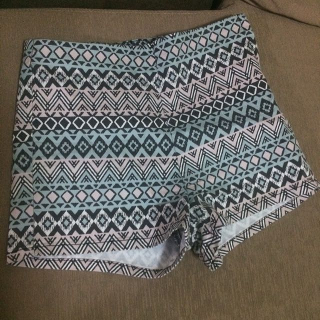 Divided By H&M Aztec High-waist Shorts