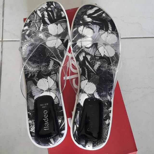 Fladeo Transparant Sandals