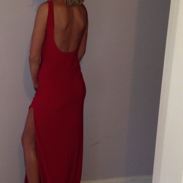 FOR RENT: Zachary Dress (Size small) Red