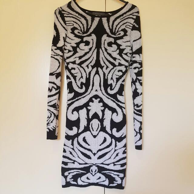 Sheike Bodycon Dress