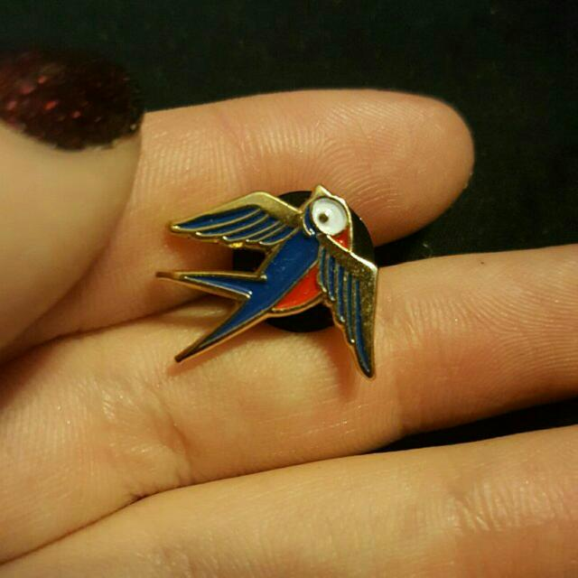 Tattoo Style Sparrow Pin