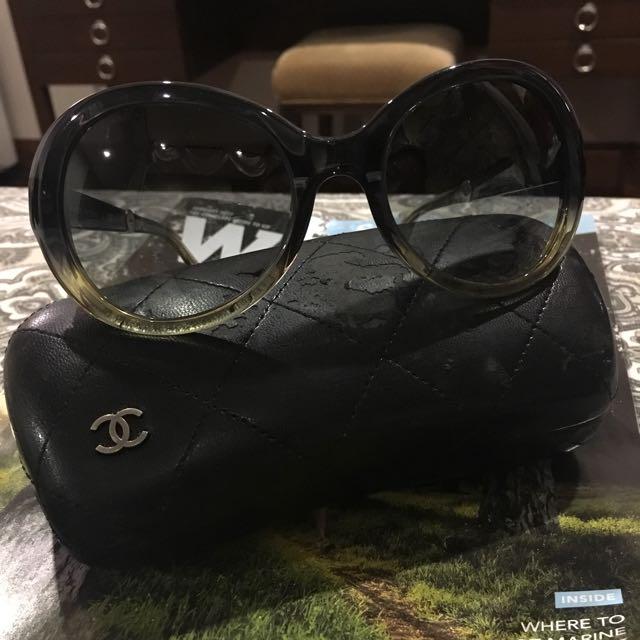 Vintage Chanel sunglass
