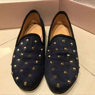 卯釘平底鞋