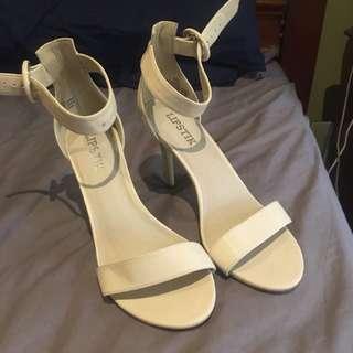 Cream Lipstik Heels
