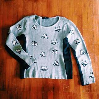 Sweater Rubah By Monstore