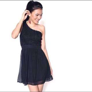 Love Bonito Roseth Toga Dress In Black