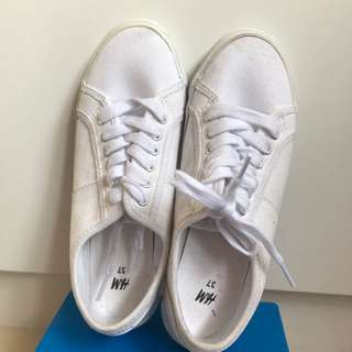 H&M White Tennis Sneakers