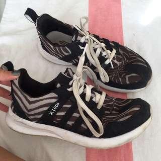 Adidas SL LOOPS size 7.5
