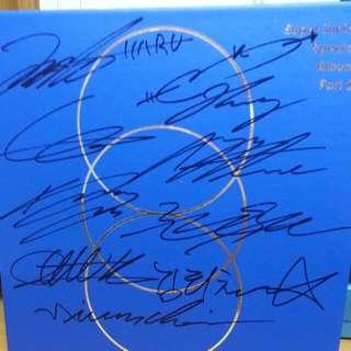 Super Junior簽名 絕非印刷  內有專輯唱片 內為全韓文 韓國帶回