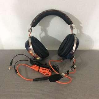 Razer BlackShark headphones