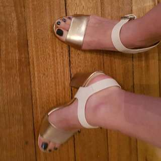 Forever New Size 40 Cream And Rose Gold Shoes