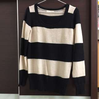日牌mussy 經典黑米條紋毛衣