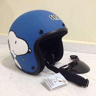 Snoopy Blue Helmet