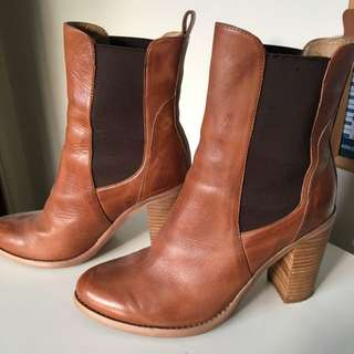 Tony Bianco Brown Boots
