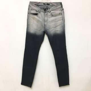 🚚 漸層質感牛仔褲:激瘦!