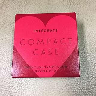 INTEGRATE 愛心粉餅盒