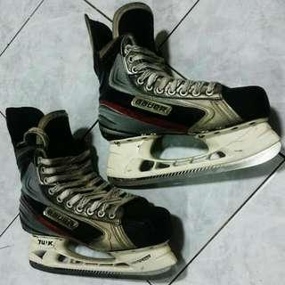 Bauer Vapon APX ice skates